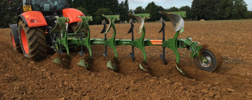 Amazone Cayros and Catros Demos machines available